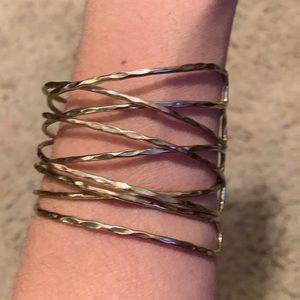Jewelry - ⚡️Like-New Gold hammered wire multi strand cuff